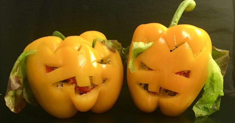 Siniestri-pimientos rellenos para Halloween