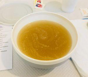 Caldo del almuerzo y la cena de la dieta hospitalaria líquida