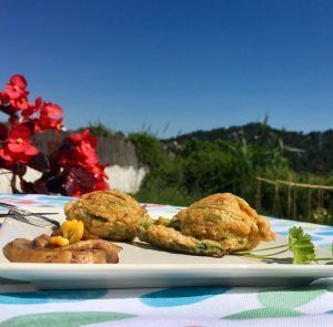 flores de calabacin rellenas vegetarianas