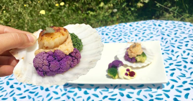 Vieira con brócoli y salsa de coral (o «cae siete veces…