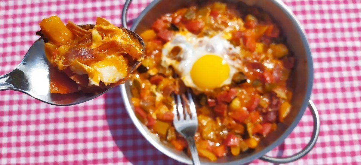 Huevos a la flamenca (y el sano derecho al cabreo)