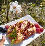 coca de san juan paleo low carb de sesamo y fresa sin gluten