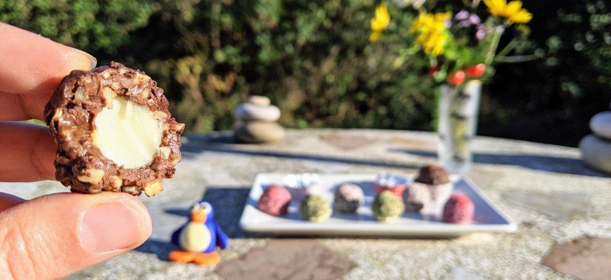 Keto-ferreros de macadamia y trufas tricolor (pa' flipar)