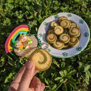 galletas paleo keto sin azucar sin gluten de lima y moringa duendecillos de la suerte moneda